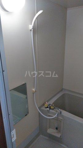 メゾン石原 404号室の風呂