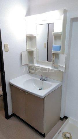 メゾン石原 404号室の洗面所