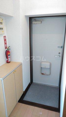 メゾン石原 404号室の玄関
