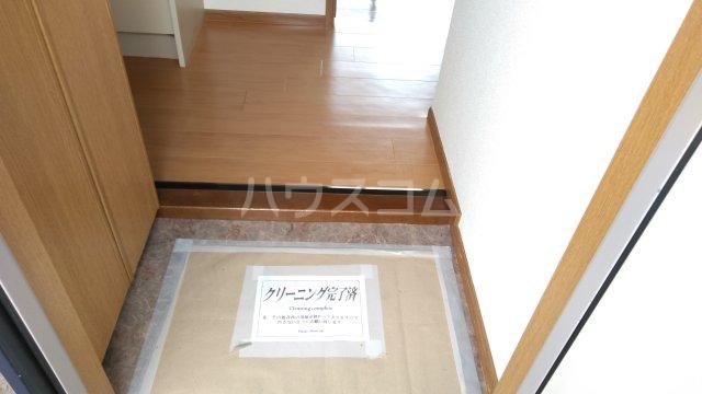 サンパティーク 402号室の玄関