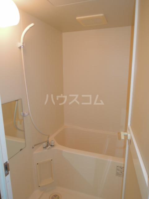 メゾンヘスティア 202号室の風呂