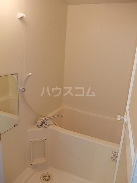 メゾンヘスティア 302号室の風呂