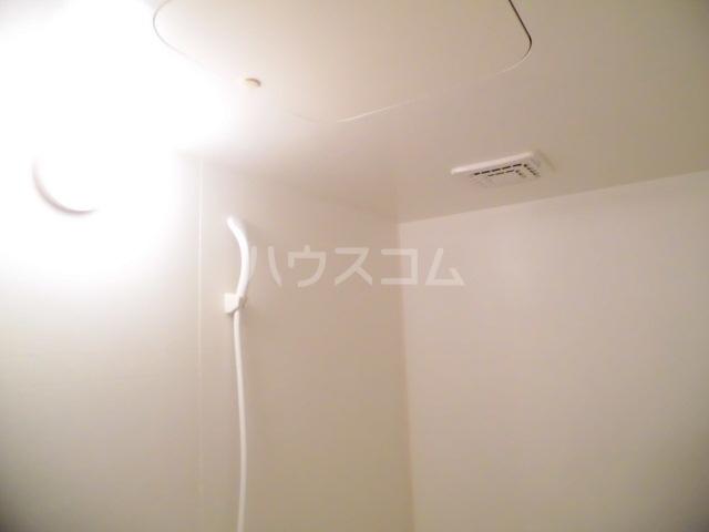 メゾン・オー スリー 01030号室の風呂