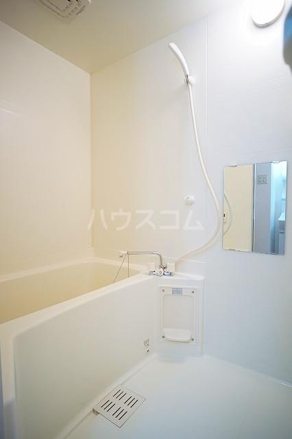 ア・ラ・モードB 01020号室の風呂