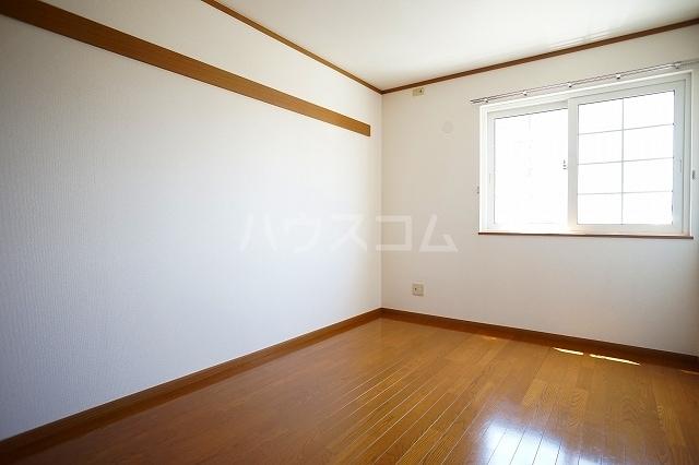ア・ラ・モードB 01020号室の居室