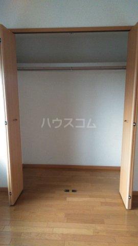ピュアー双葉 01020号室の収納