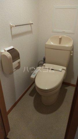 ピュアー双葉 01020号室のトイレ