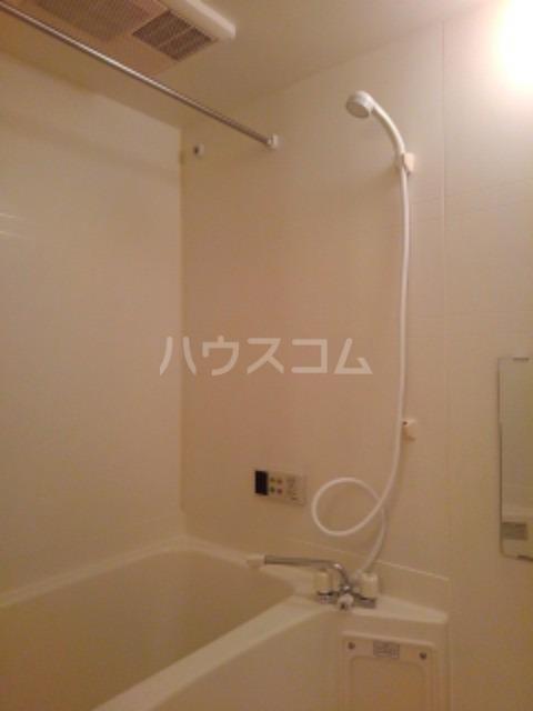 ピュア ミキ B 101号室の風呂