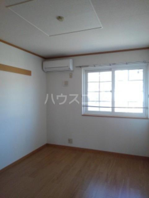 ピュア ミキ B 202号室のリビング