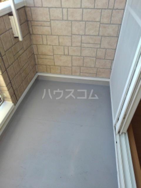ピュア ミキ B 202号室のバルコニー