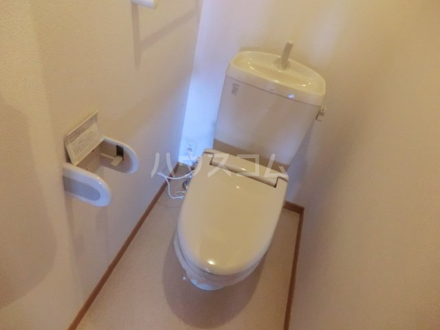 パッシオーネ C 201号室のトイレ