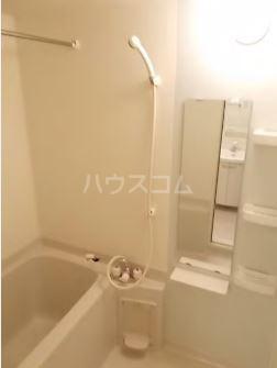 クラシオン ナゴA 303号室の風呂