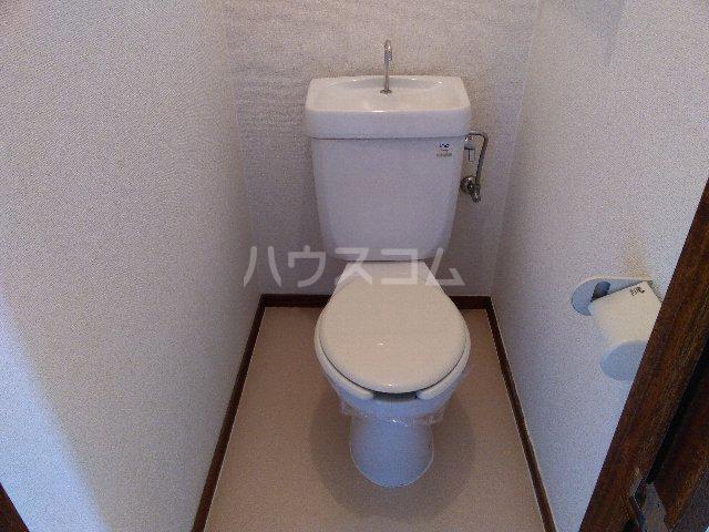 幸友ハイツ 302号室のトイレ