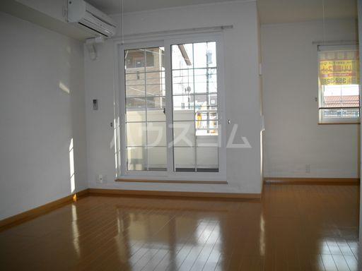 ルクソール新正 Ⅰ 02020号室の居室