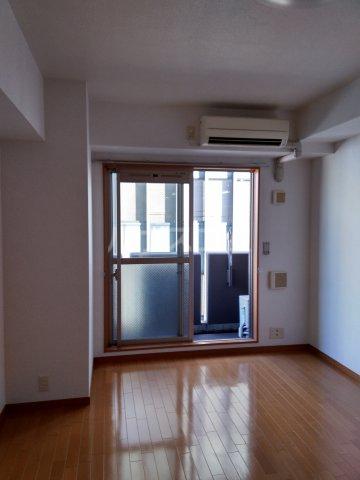 ノーブル・コーケ・横浜 701号室のベッドルーム
