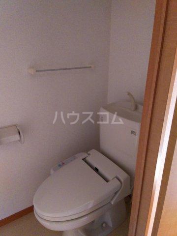 ノーブル・コーケ・横浜 701号室のトイレ