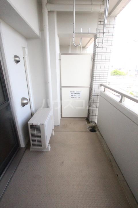 スピリットK 201号室のバルコニー
