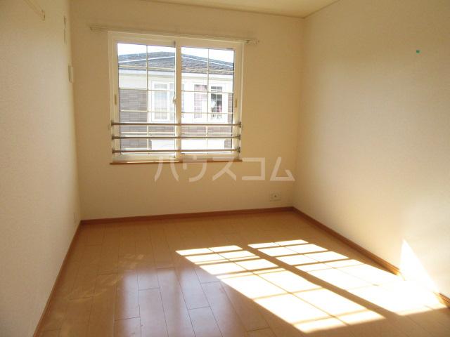 サンリット Ⅰ 02010号室の居室