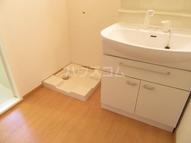 サンリット Ⅰ 02010号室の洗面所