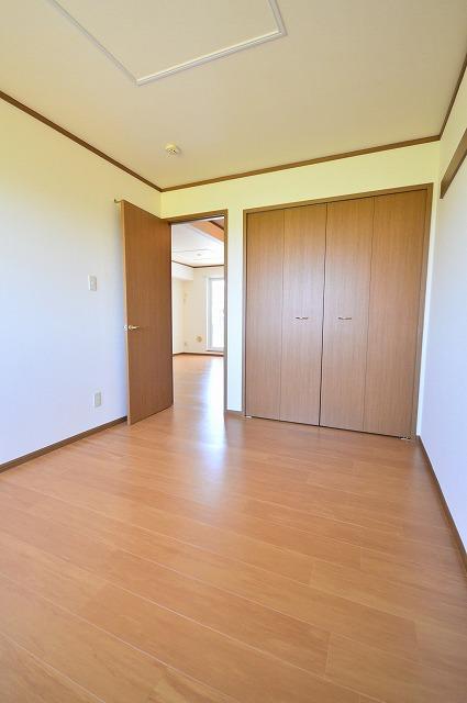 ファミール須恵 B 02030号室の収納