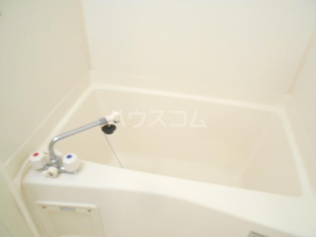 シャトル南平 104号室の風呂