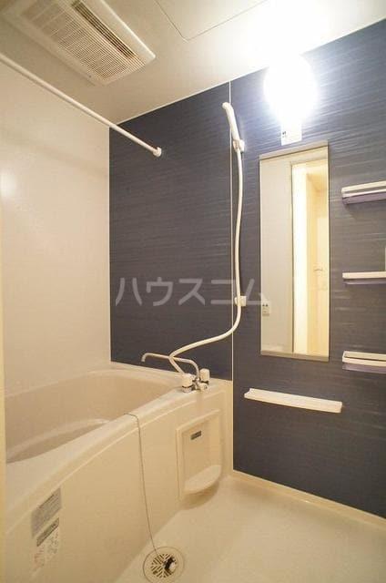 エレガンテA&S 02020号室の風呂