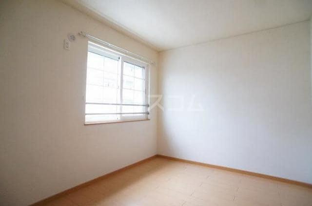 エレガンテA&S 02020号室のベッドルーム