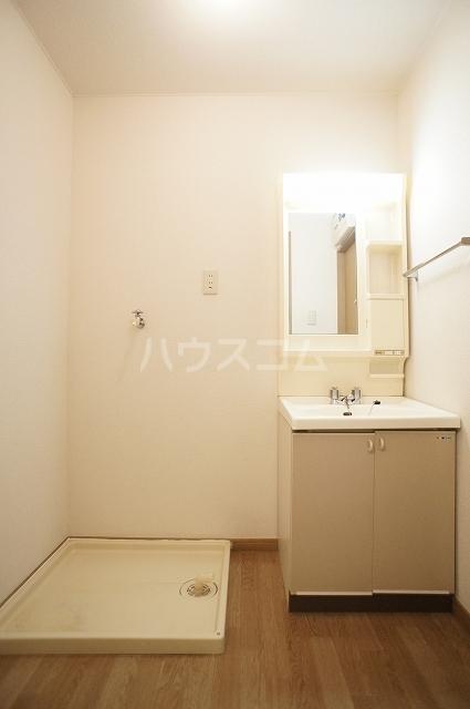 サンハイムα 02030号室の洗面所