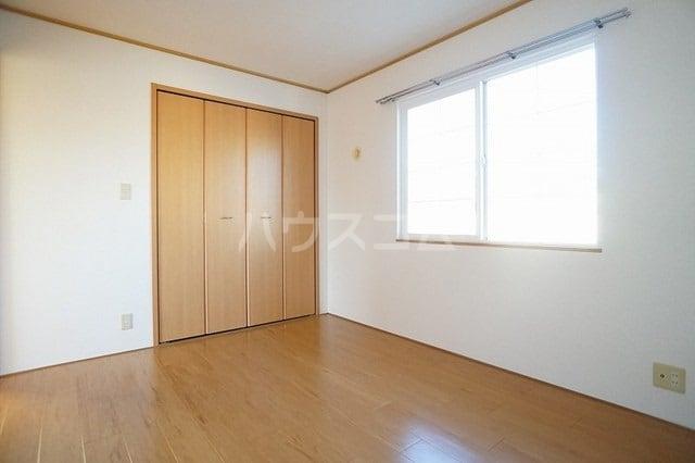 エーデルハイム 02030号室の居室