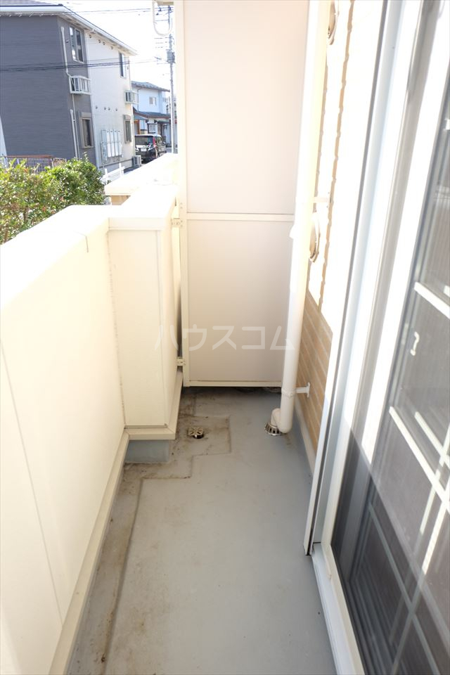 アンジュ・カルムA 01020号室のバルコニー