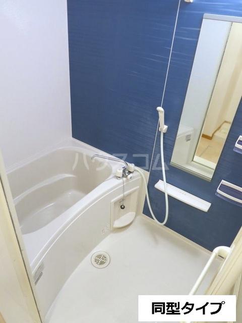 セントラル道本A 203号室の風呂