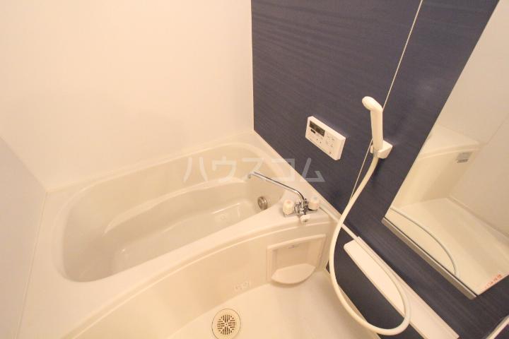 アニメート ヒル 202号室の風呂