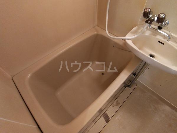 コーポラス岩津B棟 101号室の風呂