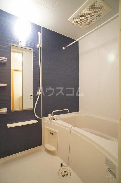 プリマヴェーラ 02030号室の風呂