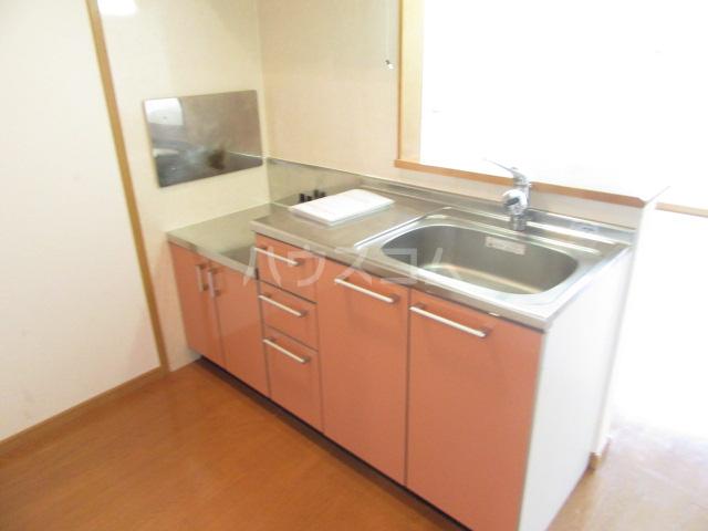 ヴィクトワール 02010号室のキッチン
