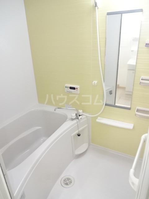 グレイス スクエアー 201号室の風呂