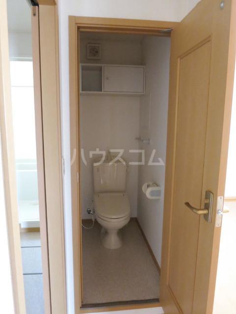 サンパティーク B 201号室のトイレ
