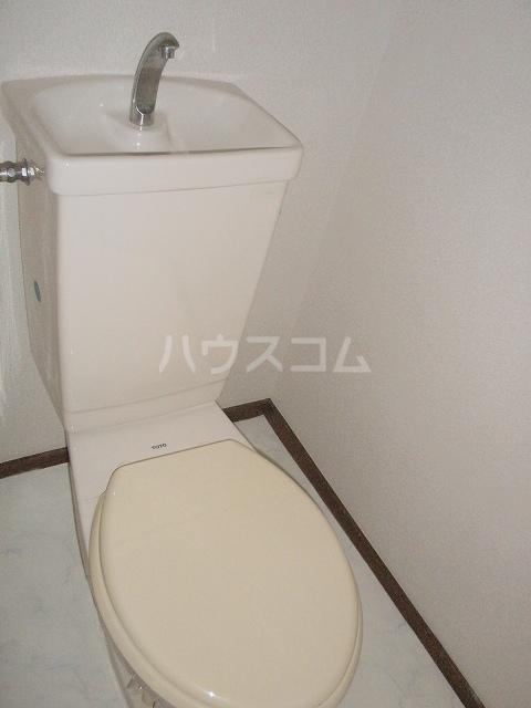 メゾンベルディ 02030号室のトイレ