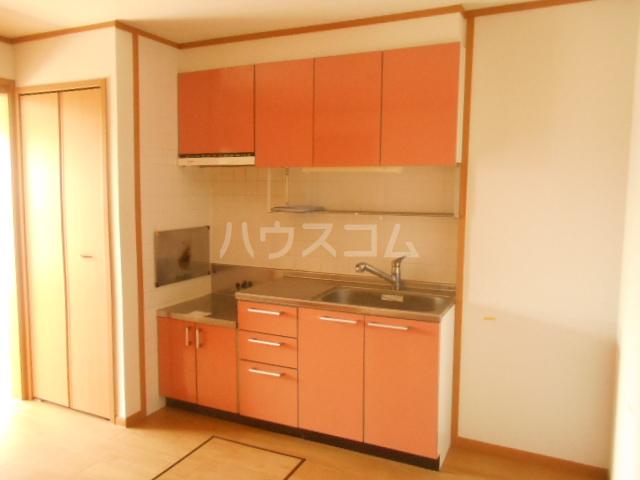 プラシードA 201号室のキッチン
