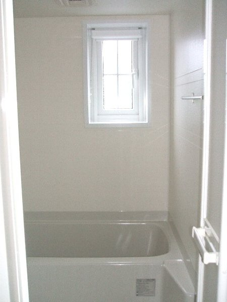 ラフィーネA A103号室の風呂