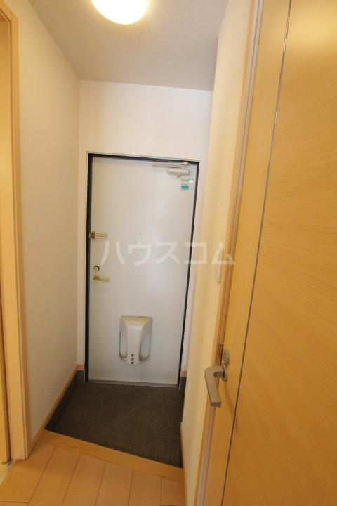 メゾン ド アウローラ 304号室の玄関