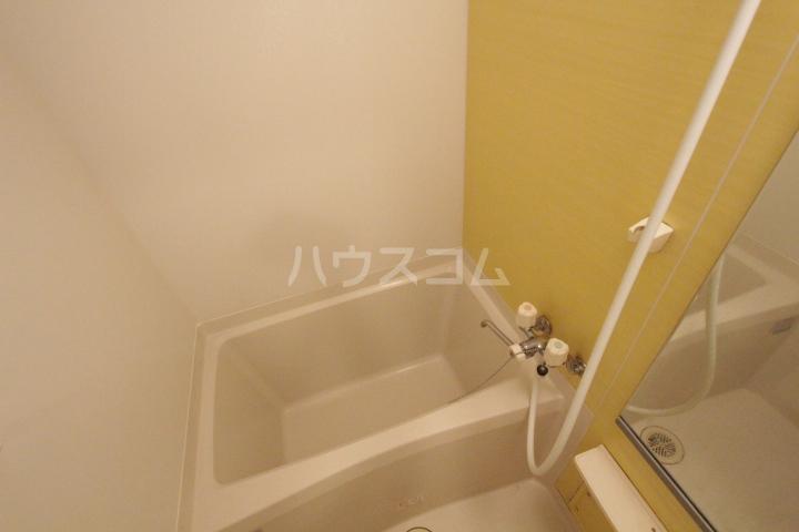 メゾン ド アウローラ 304号室の風呂