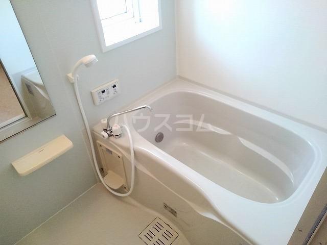 グリーン ヒルズ 202号室の風呂