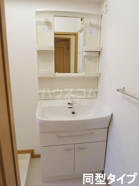 イースト N 202号室の洗面所