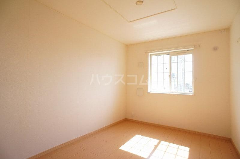 アルデンヌB 01040号室のベッドルーム