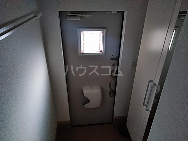 ソーレ セレーノ 201号室の玄関