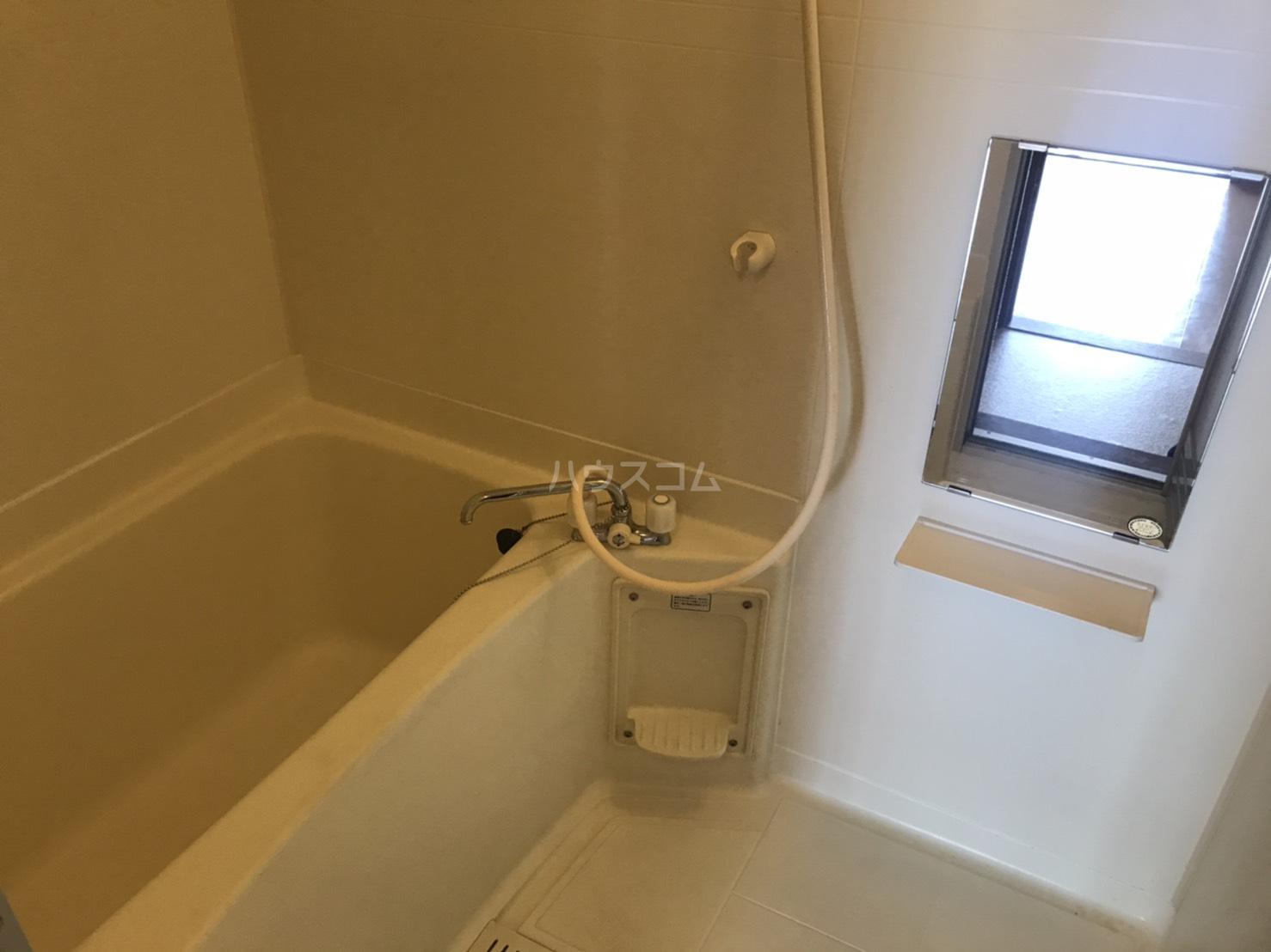 アビタシオン郷前 201号室の風呂