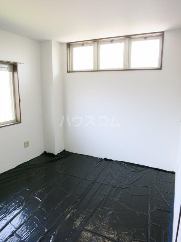 ファミールY.S 103号室のベッドルーム