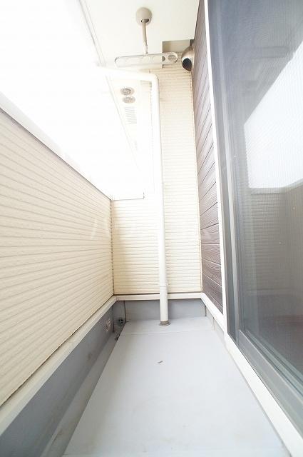 サン・クローネ チヨダB 02040号室のバルコニー