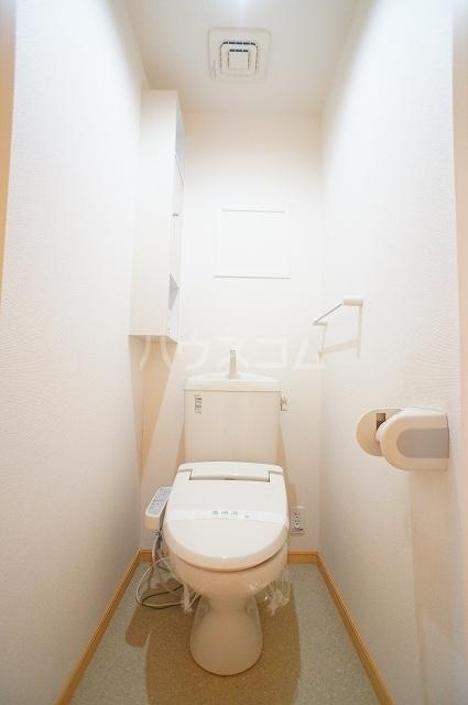 サン・クローネ チヨダB 02040号室のトイレ